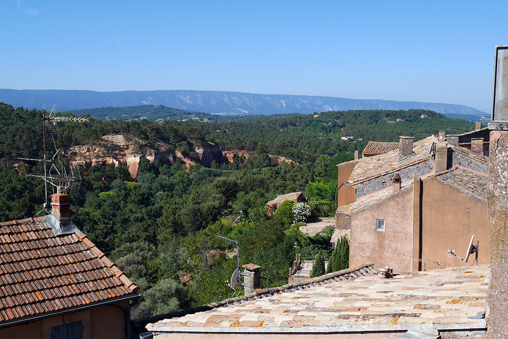 Views-from-Roussillon-cafe