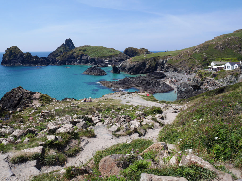kynance-cove-cornwall